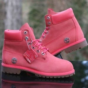 GS KIDS TIMBERLAND 6 INCH PREMIUM *PINK*  ASSORTED SIZES *NEW IN BOX*